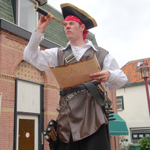 Steltloper Sjaak de Piraat