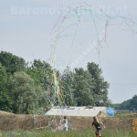 Confetti-shooters03.jpg