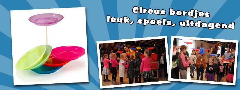 Circus plates (15 pcs)